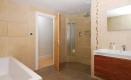 39-bathroom-jpg