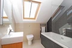 37-russet-bathroom-jpg