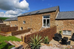 53-orchard-coombe-barns-from-rear-jpg